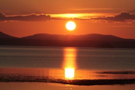 Solnedgång över Orsasjön i September. Guuuuuud så vackert!