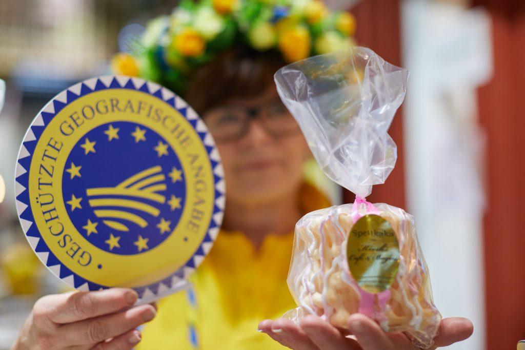 Är man bördig från Skåne, som jag är, har man en viss plats i hjärtat för Spettekaka. Det är även en av de få svenska produkter som är skyddad med EUs ursprungsbetäckning. Foto: Bernhard Ludewig
