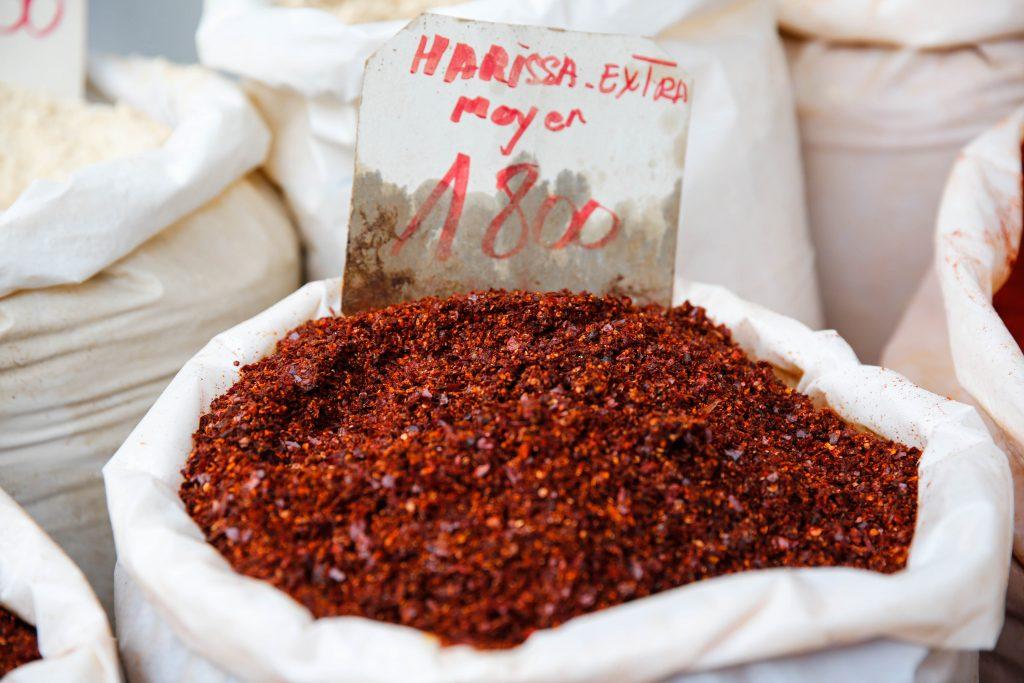 Köp färdig Harissa i lösvikt. Det enda som behöver tillsättas är olivolja.