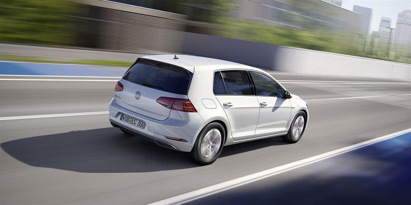 Nya e-Golf är snygg och miljöoptimerad, men släpper likväl ut 24 ton koldioxid vid tillverkningen. Foto: Volkswagen.