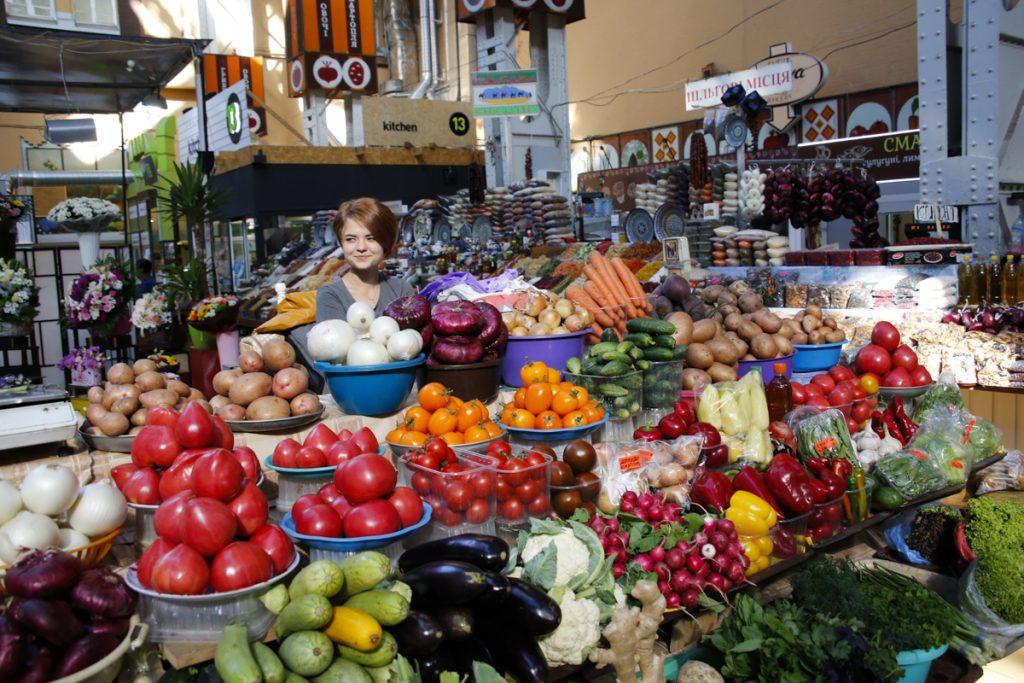 Att besöka en lokal marknad är rena rama himmelriket.