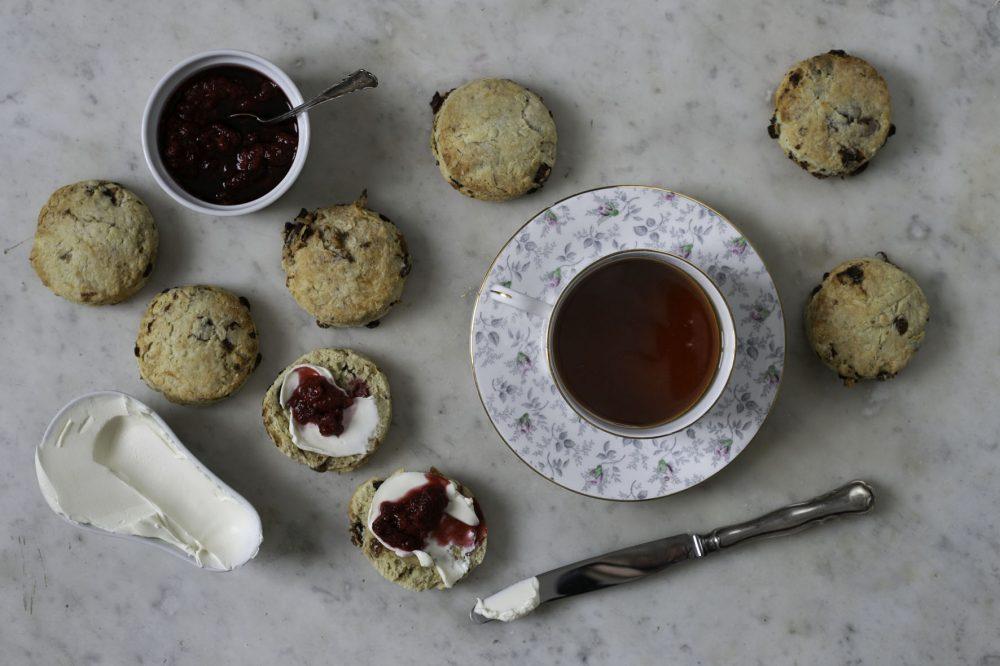 skogtillbord-scones-engelska-feb19