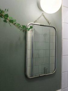 badrum02_spegel